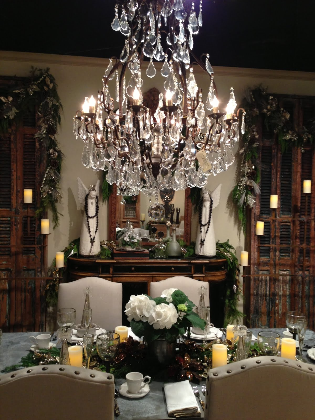 Design House Showroom  - Connie LeFevere and her team created this beautiful Christmas vignette!