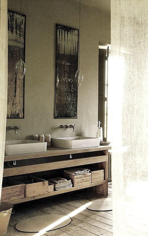 Image via:  Linen and Lavender , Cote Sud, 2003