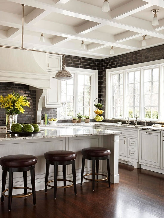 OTM Designs and Remodeling, Image via:  houzz