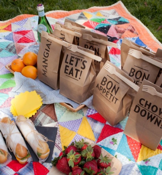 Image Source:  Oh Happy Day   ARTICLE: 22 Summery, Serene Picnic Ideas