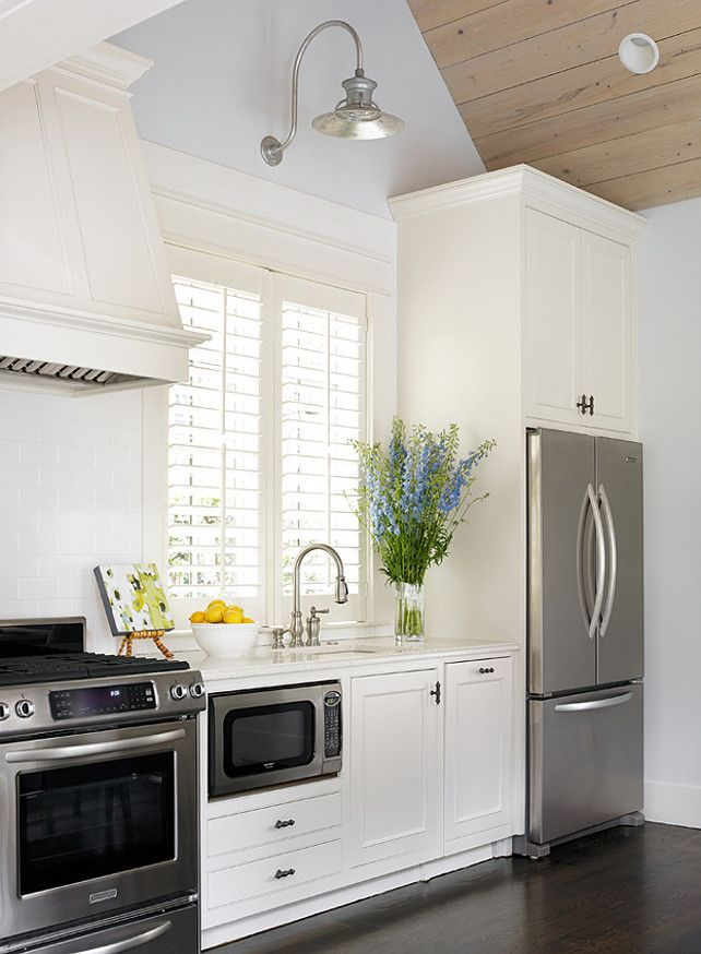 Designer:  Tillman Long Interiors , Image via:  Design Chic