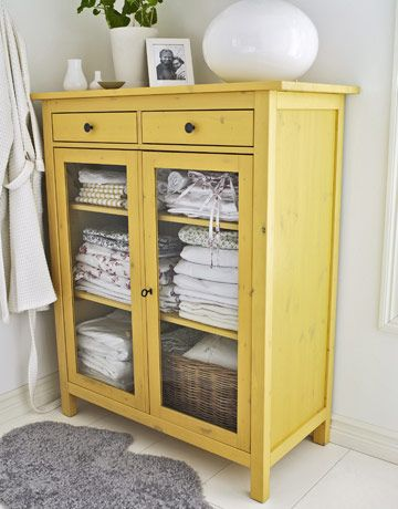 ARTICLE + GALLERY:Paint a Single Piece of Furniture to Add a Perfect Amount of Punch to Any Room
