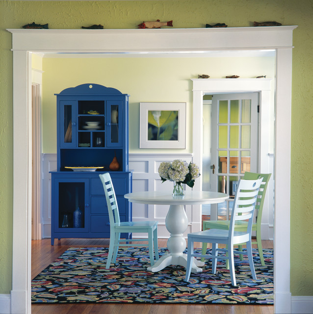 ARTICLE + GALLERY:Paint a Piece of Furniture to Add a Perfect Amount of Punch to Any Room
