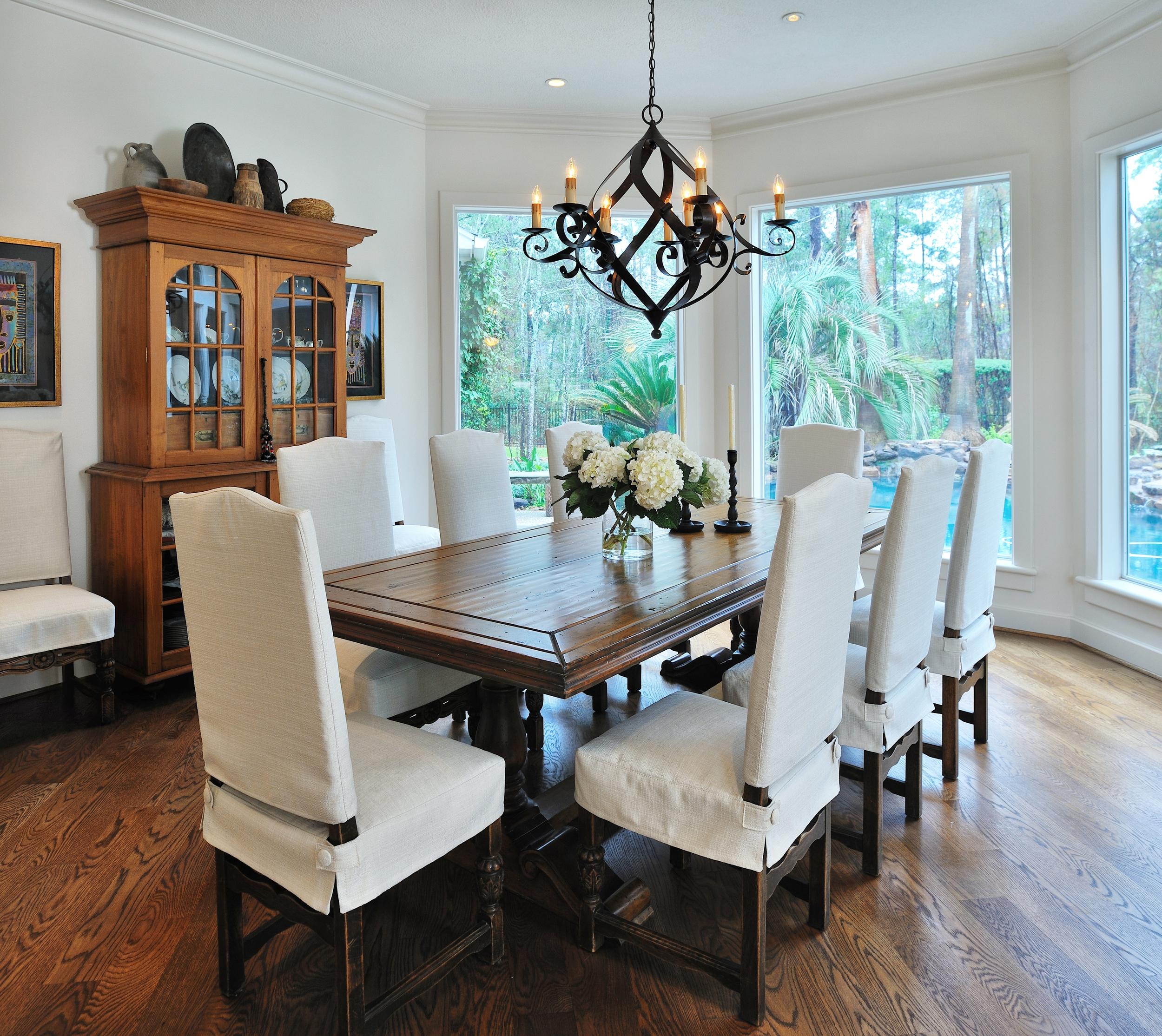 Dining Room, Designer: Carla Aston