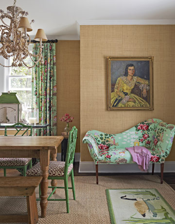 Old painted portraits willadd depth and character to any room in your house. They add a sense of history and nostalgia. They add a richness and an extra layer to a room, no matter what the size.