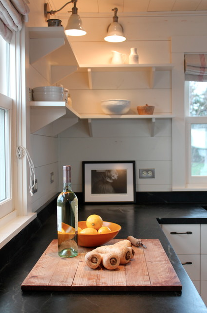 I just love this soapstone kitchen countertops! They have a richness about them, and a unique look that issoappropriate for two of the projects I'm currently working on.  Interior design -er: Justine Hand