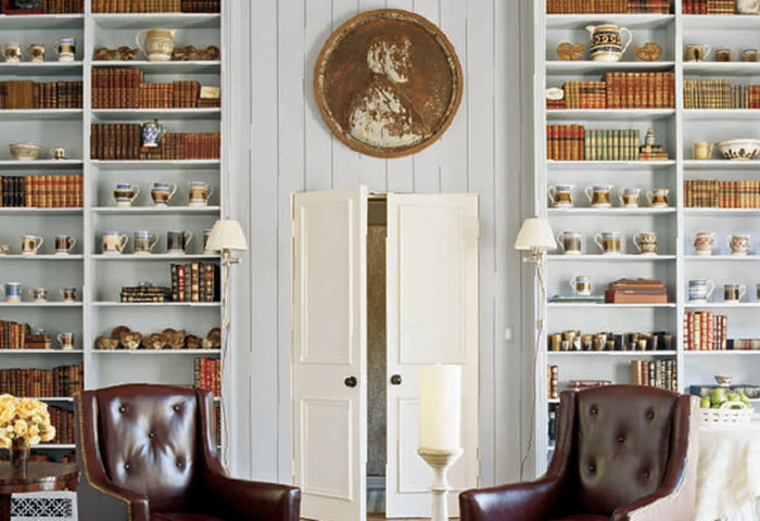 Homeowner: Oprah Winfrey, Image via:  popsugar.com  | Art hung above door