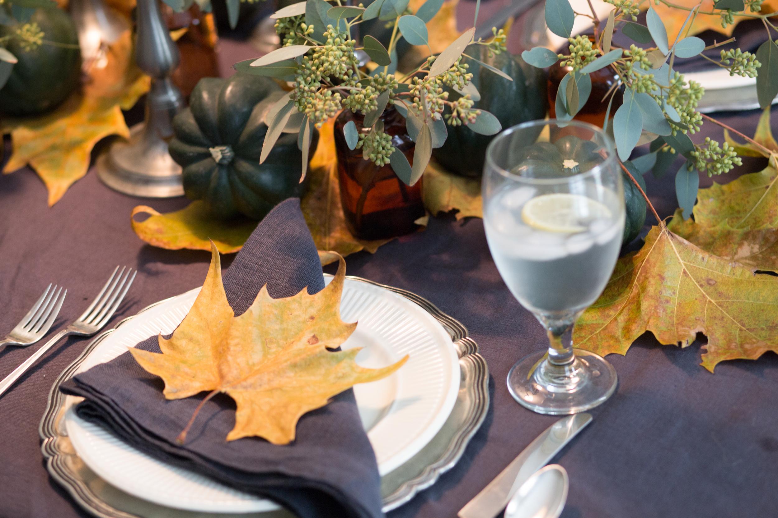 Thanksgiving / holiday tabletop setting design -ed by Carla Aston. Photographer: Tori Aston - http://toriaston.com