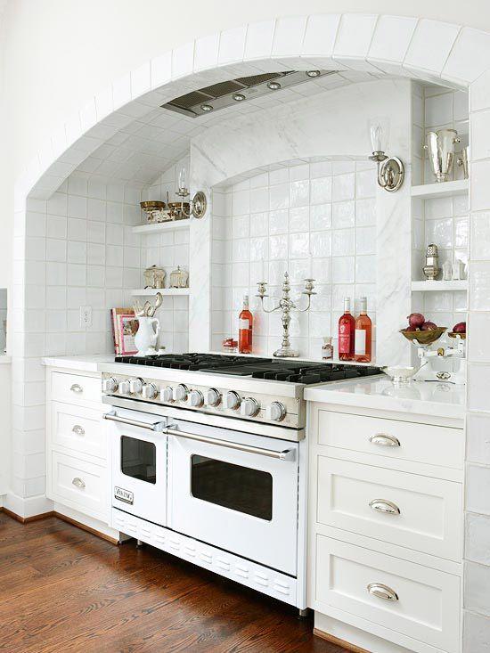 Kitchen; white appliance; stove; oven; range | Source: BHG.com