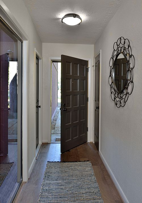 RELATED:    Before & After: A Dated House Gets a Contemporary Revival For a Young Bachelor