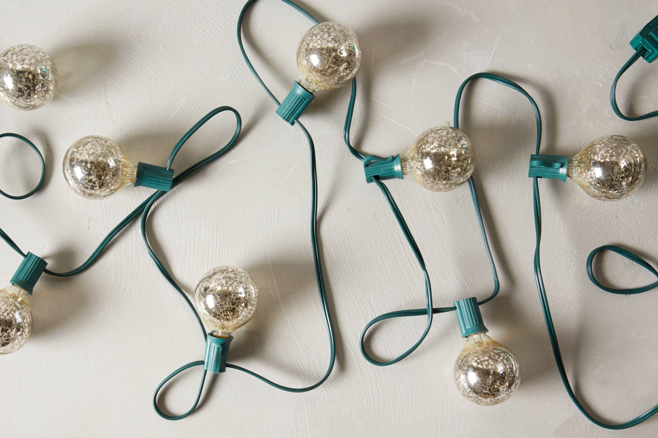 40 Must-Have Christmas Tree Decorations!