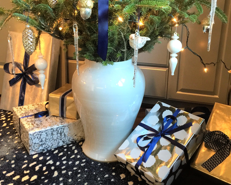 Ginger jar Christmas tree stand | Interior Designer: Carla Aston