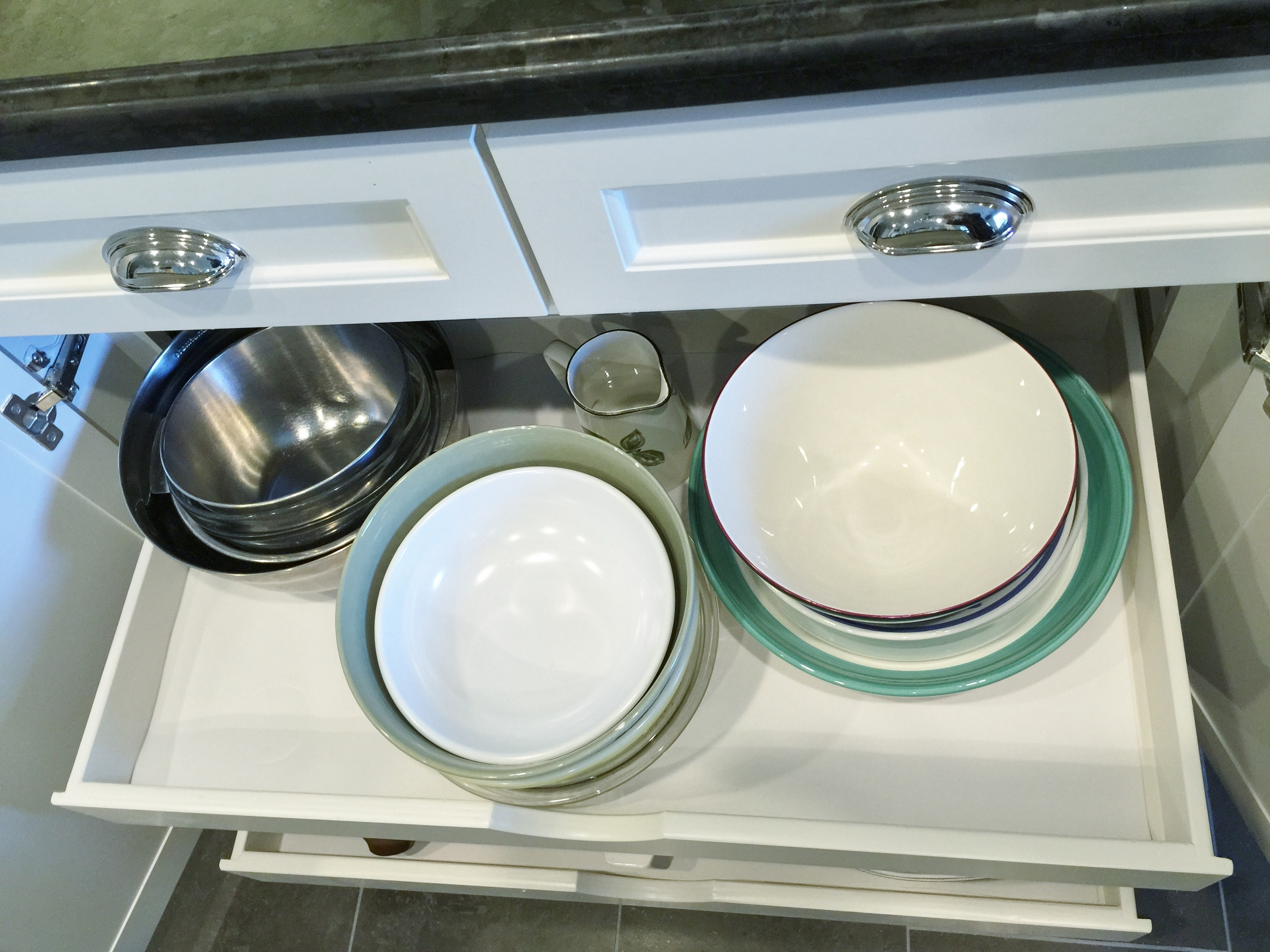 Wide pull-out drawers | interior Designer: Carla Aston