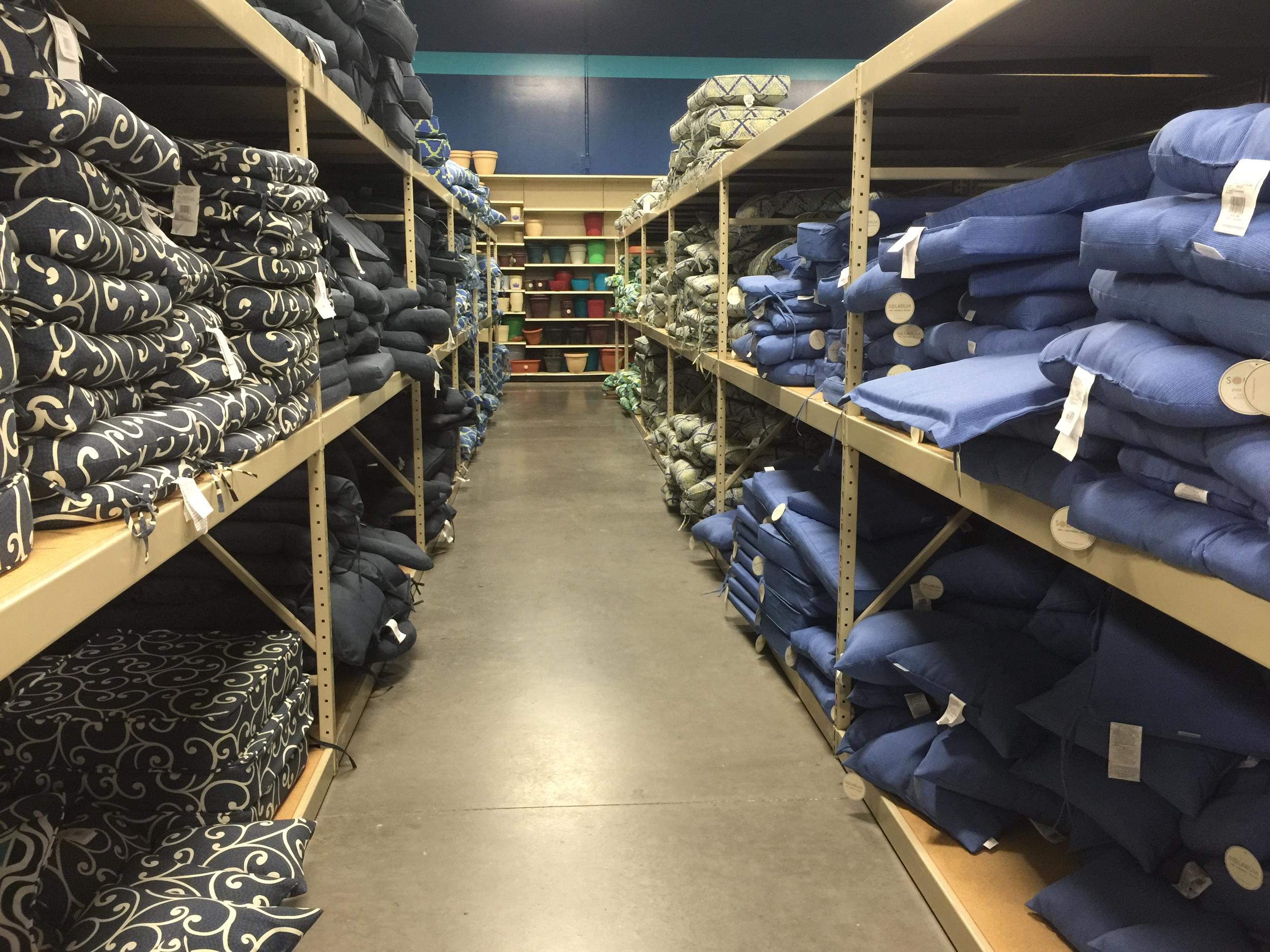 Cushion aisles