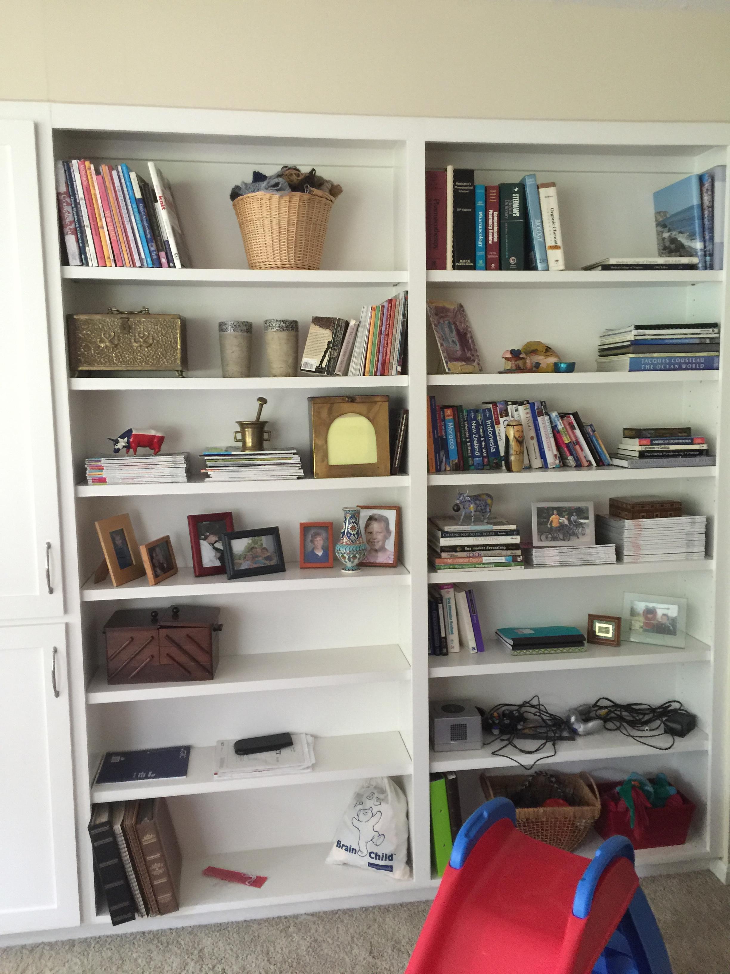 BEFORE - bookshelf styling