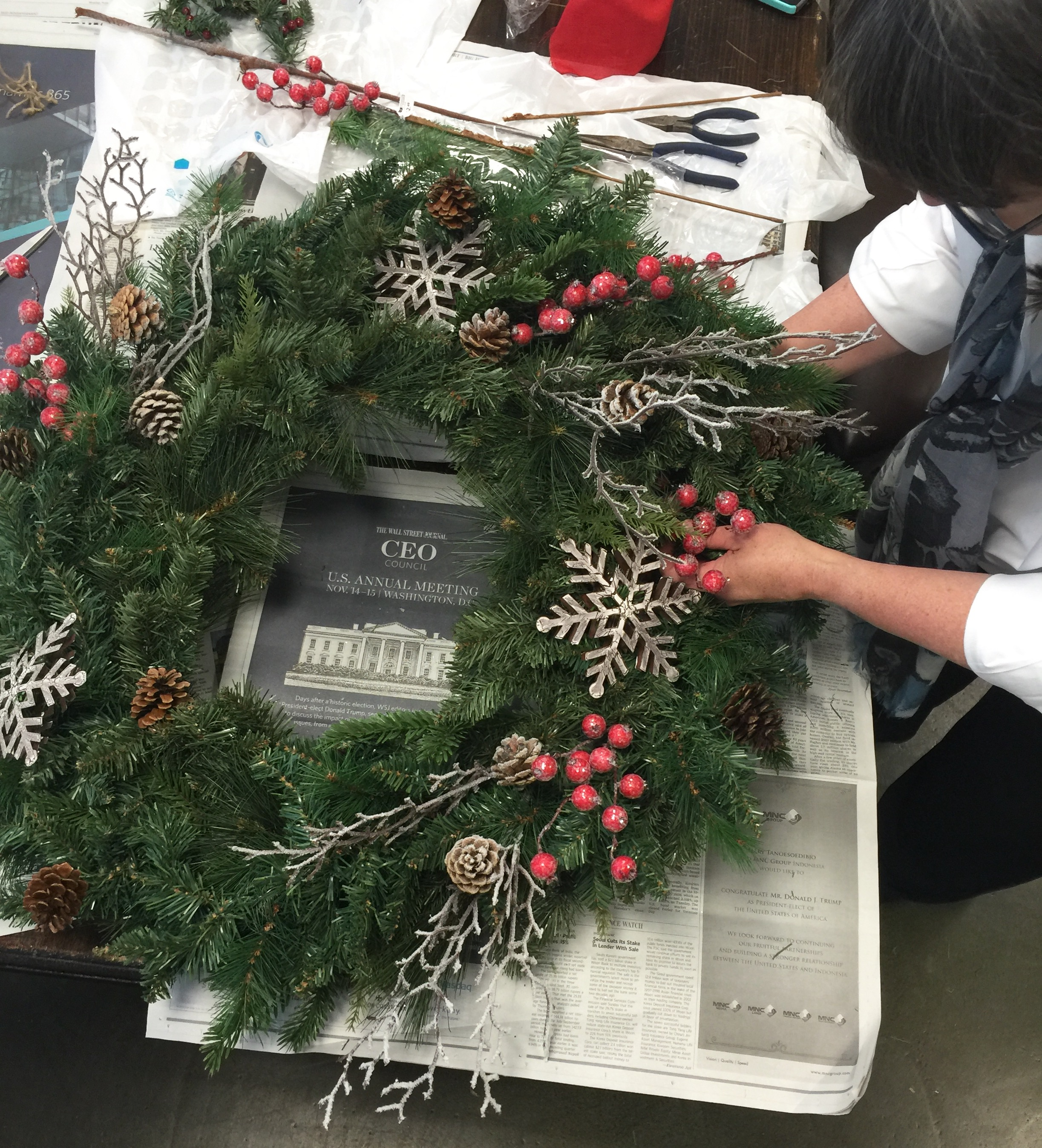 DIY Woodland Christmas Wreath - in progress