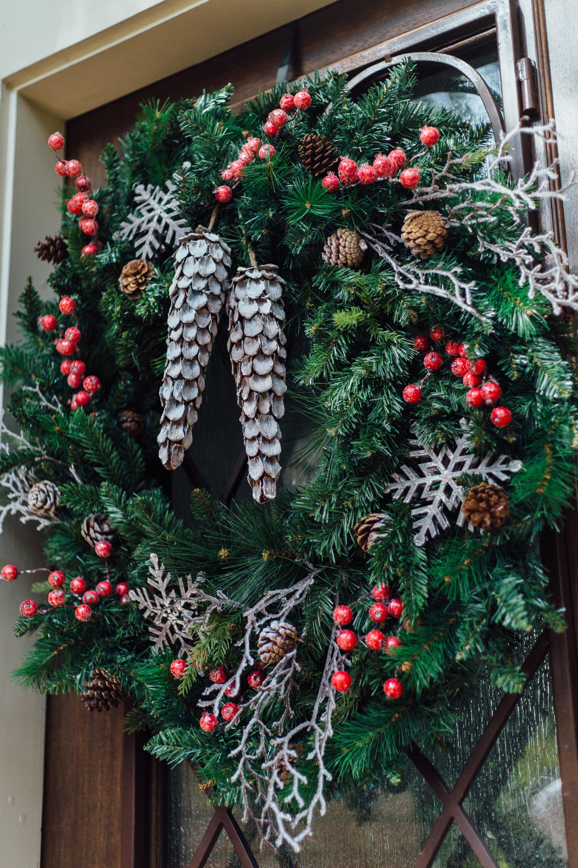 DIY Woodlands Christmas Wreath - Carla Aston, Photographer - Tori Aston