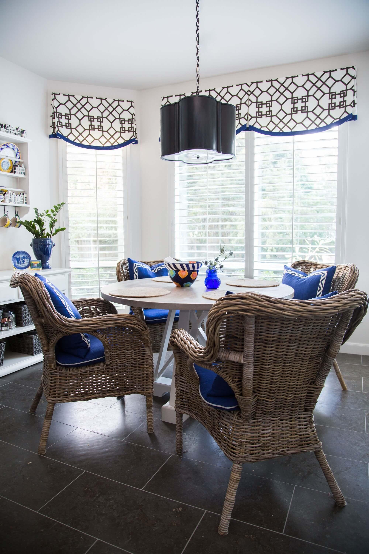 Breakfast room with wicker chairs, Designer: Carla Aston