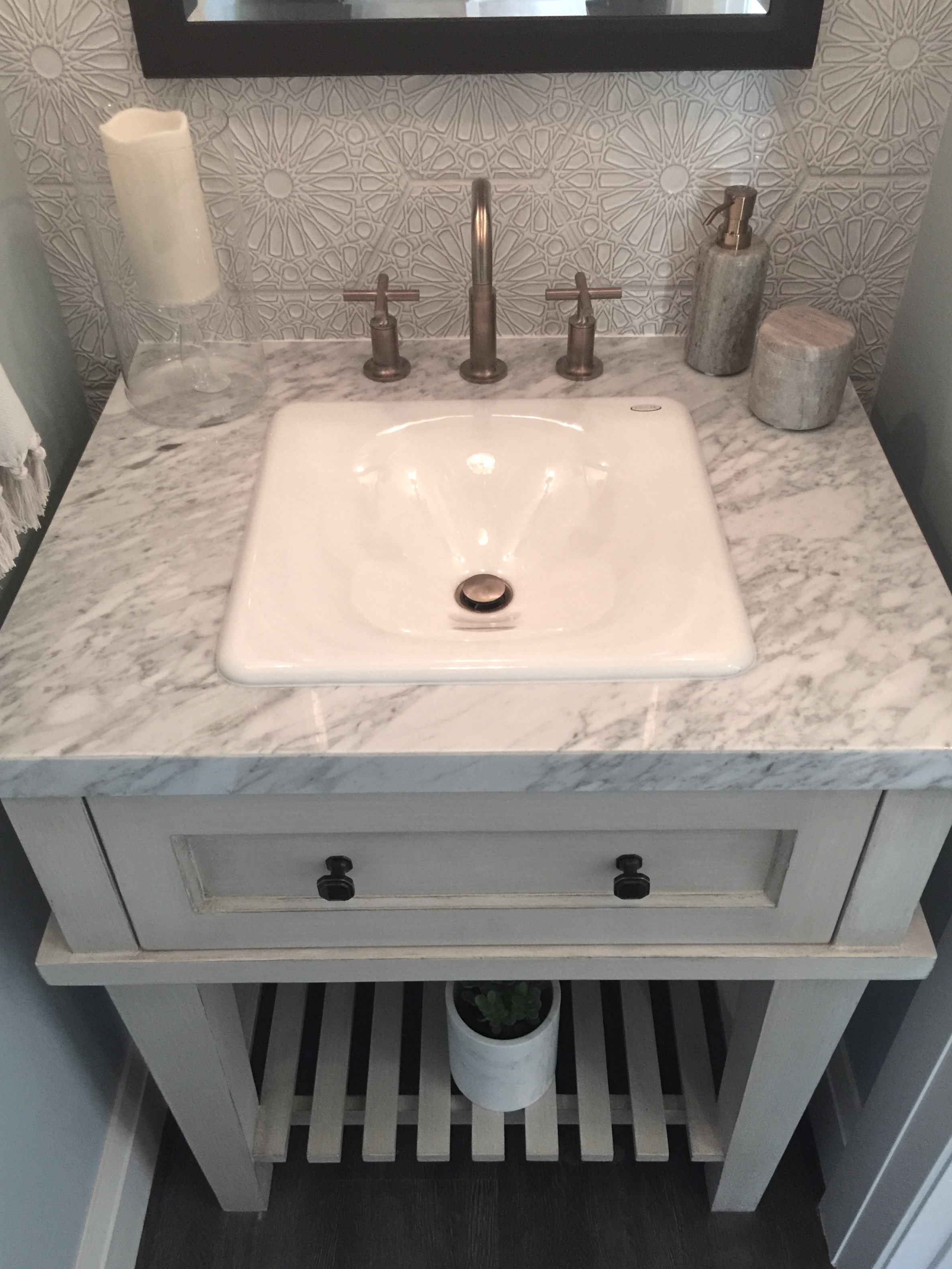 Guest house powder bath vanity - Designer Latrice Gentry-Brooks