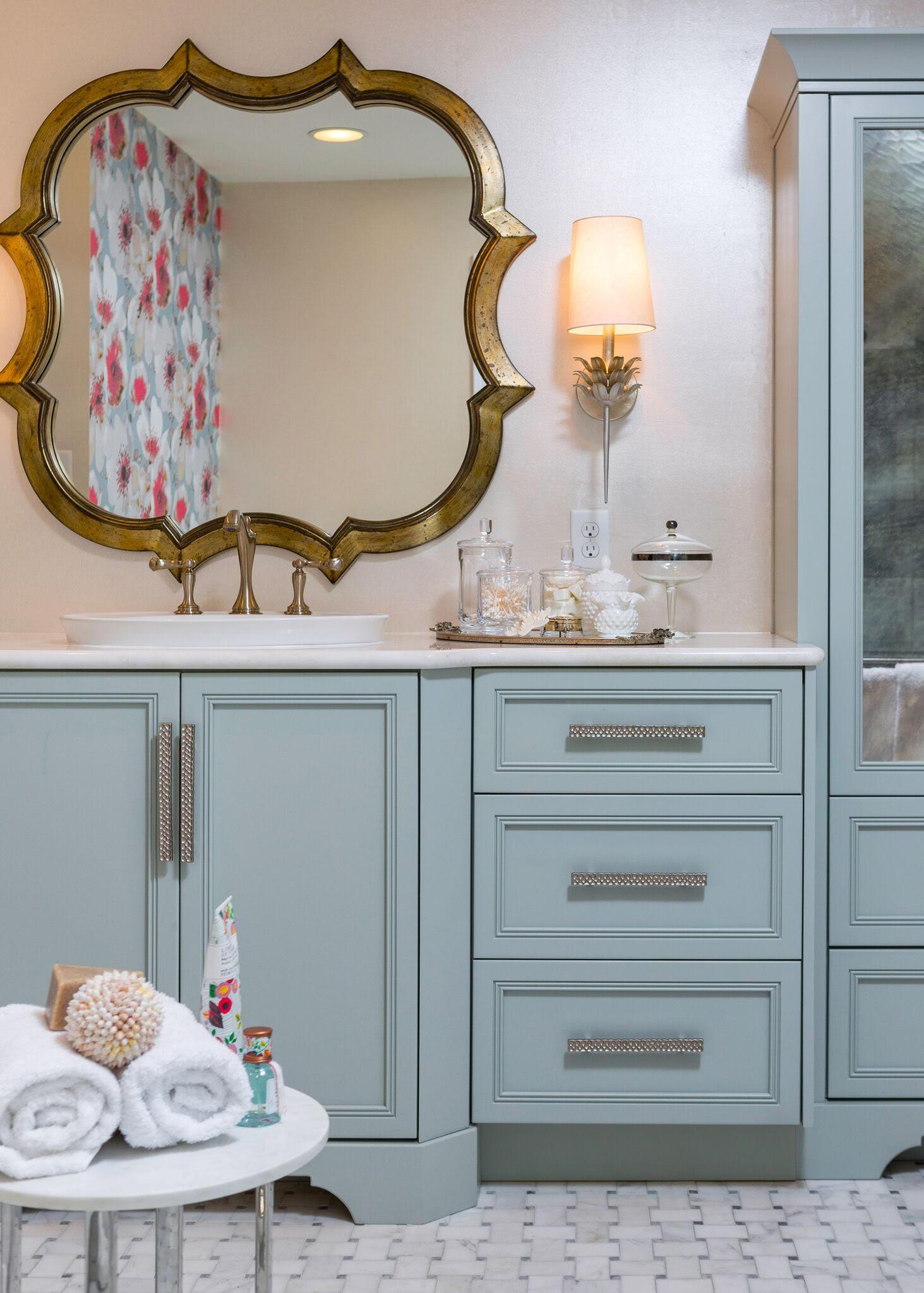 DESIGNER SPOTLIGHT - Cheryl Kees Clendenon, #marblefloor #bathroomdesign #gildedmirror #marblemosaic #turquoisecabinet #luxurybath