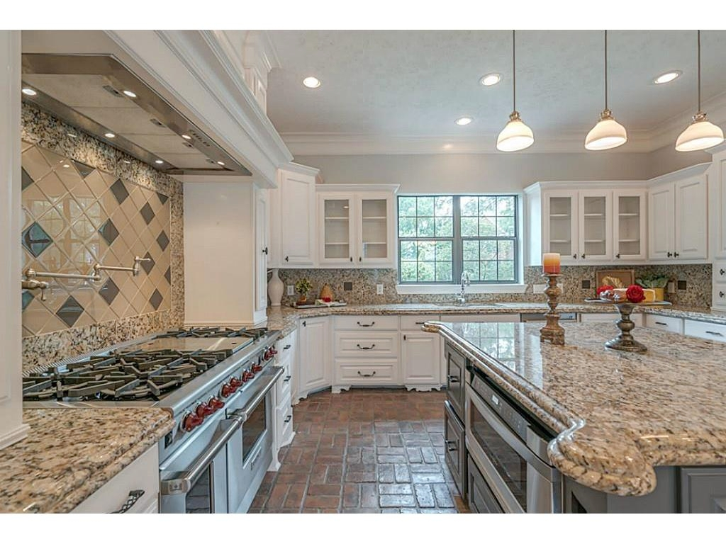 Which kitchen countertops to choose when you can't afford to redo them all, granite countertops, quartz countertops   #kitchencountertops #granitecountertops #quartzcountertops #kitchenremodel #countertops