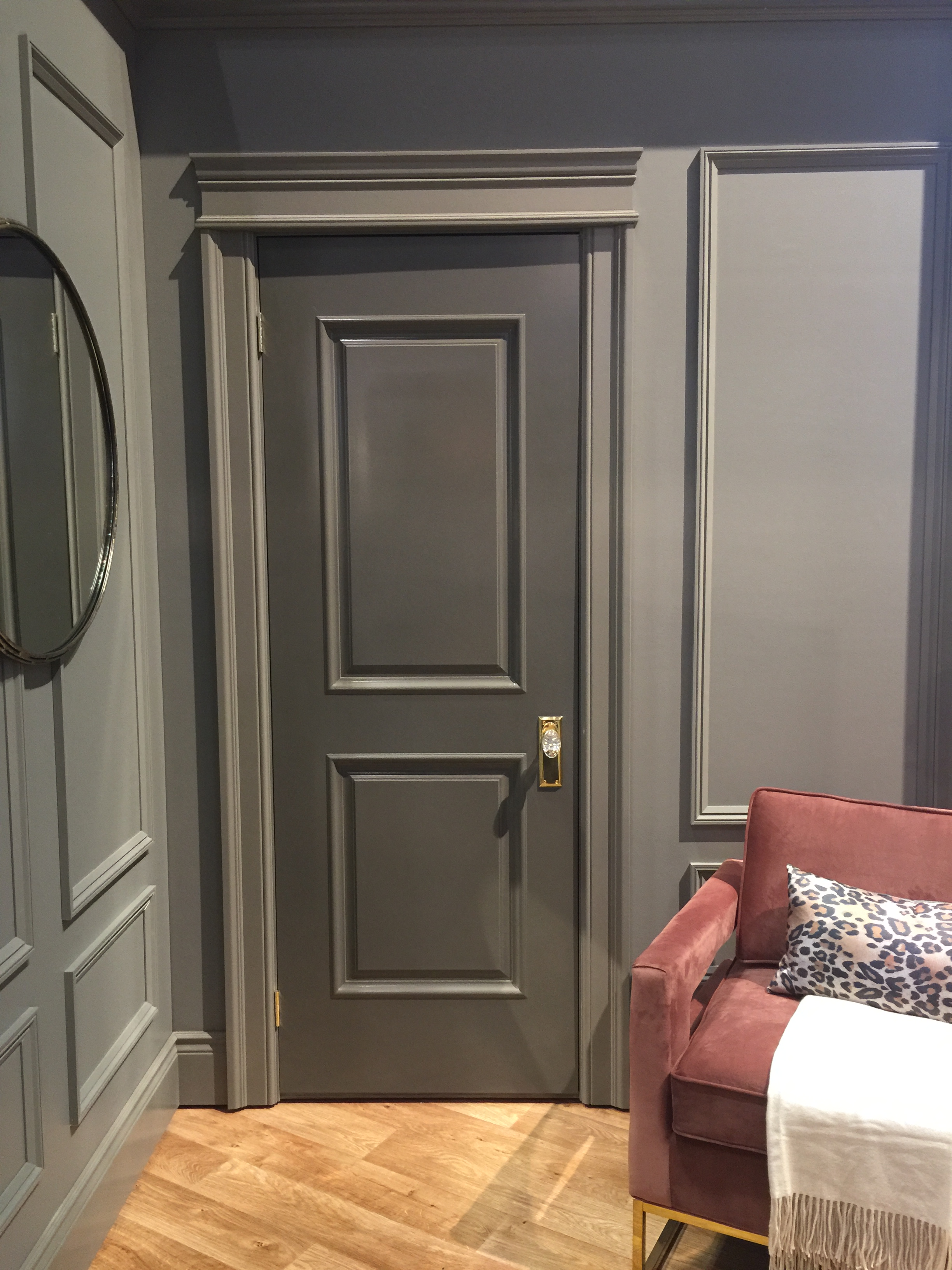 The New Traditional style has a classic, tailored, and sophisticated look. #mouldings #trim