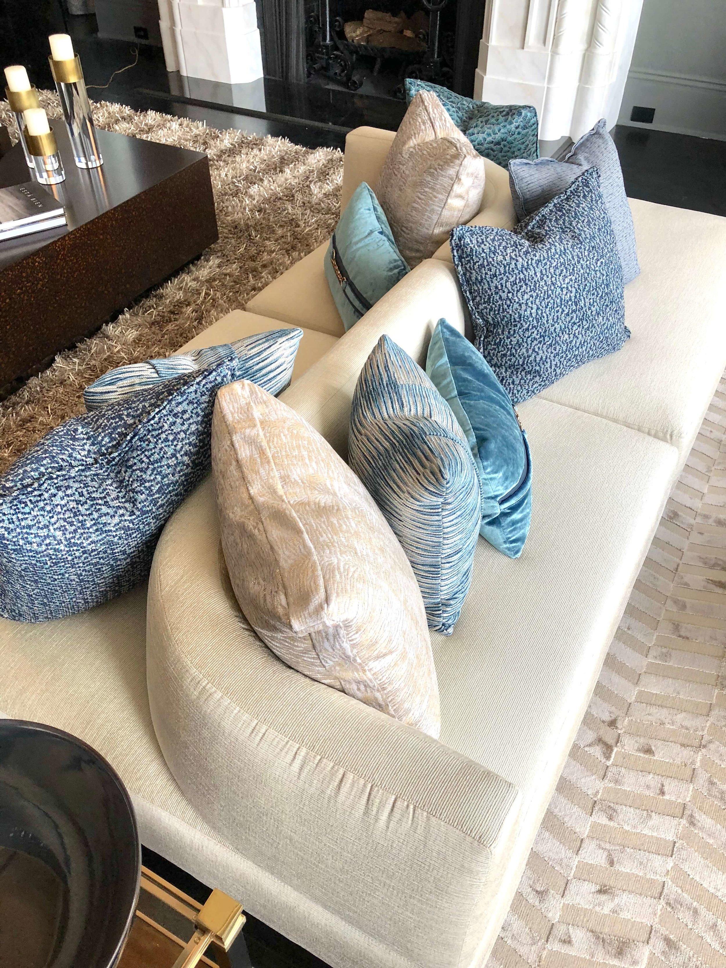 Back to back contemporary sofa in living room designed by Designs of the Interior in the Pasadena Showcase House of Design 2018 #sofa #livingroomideas #livingroom #backtobacksofa