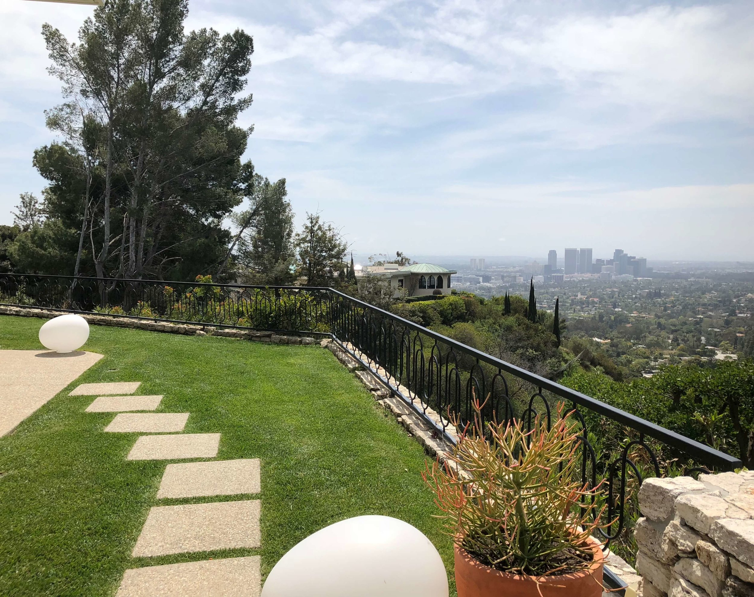 Spectacular view of Los Angeles from Casa Perfect, Beverly Hills, CA #view #balcony