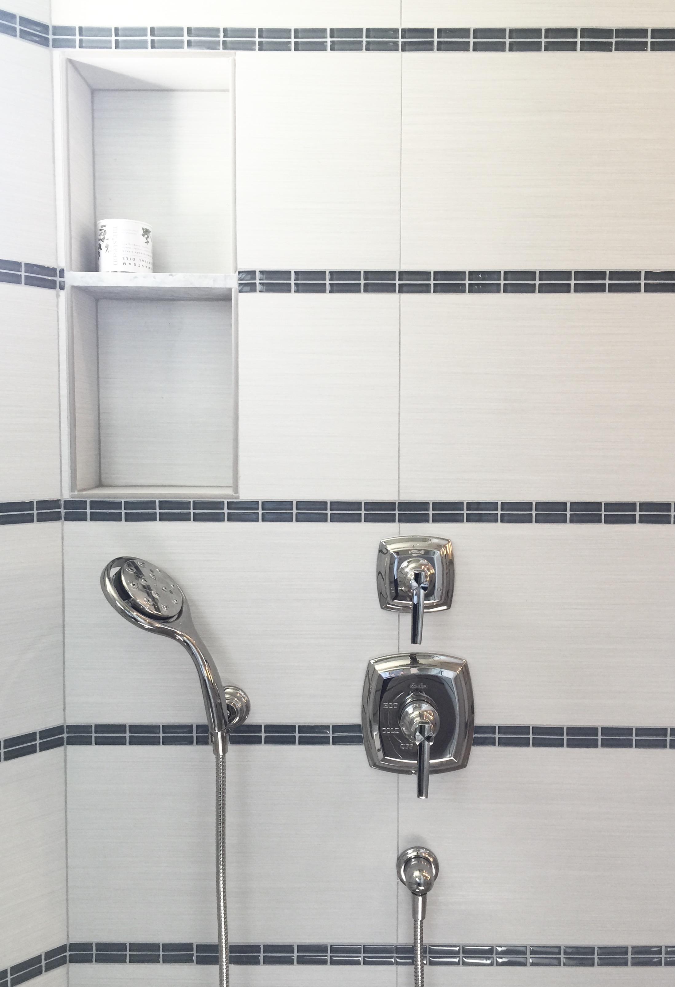 25 Beautiful Shower Niches For Your Beautiful Bath Products, Designer: Carla Aston #shampooniche #showerniche