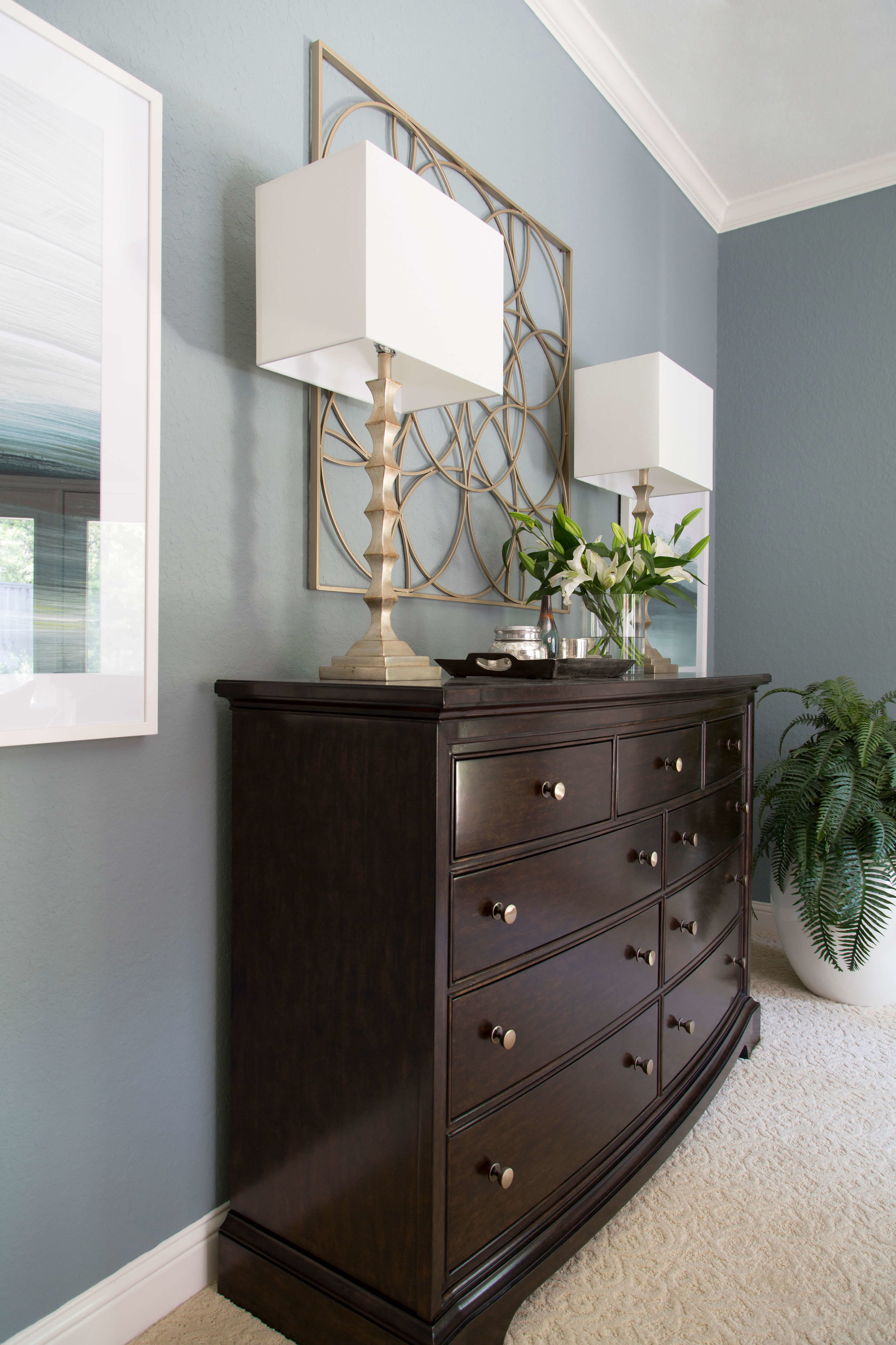 What gray paint color is best? Here are my favorites.....This bedroom was painted Benjamin Moore Brewster Gray | Carla Aston, Designer, Tori Aston, Photographer | #brewstergray #paintcolors