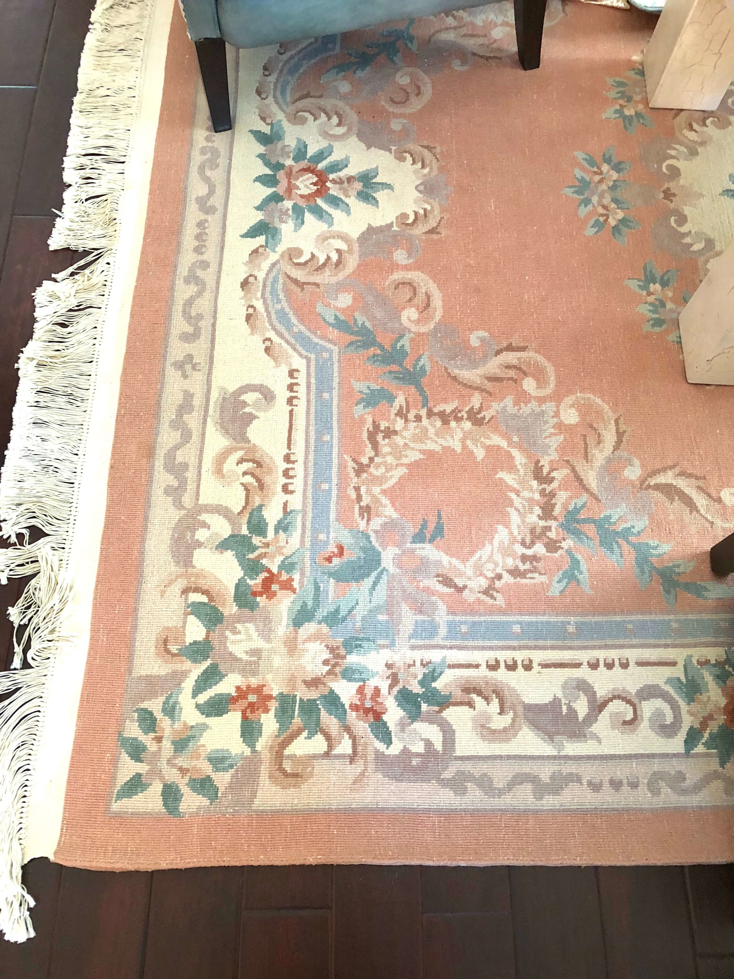 DECORATING TRICK to tone down brightly colored rugs | Love the flatweave look this rug now has | #rugs #orientalrug