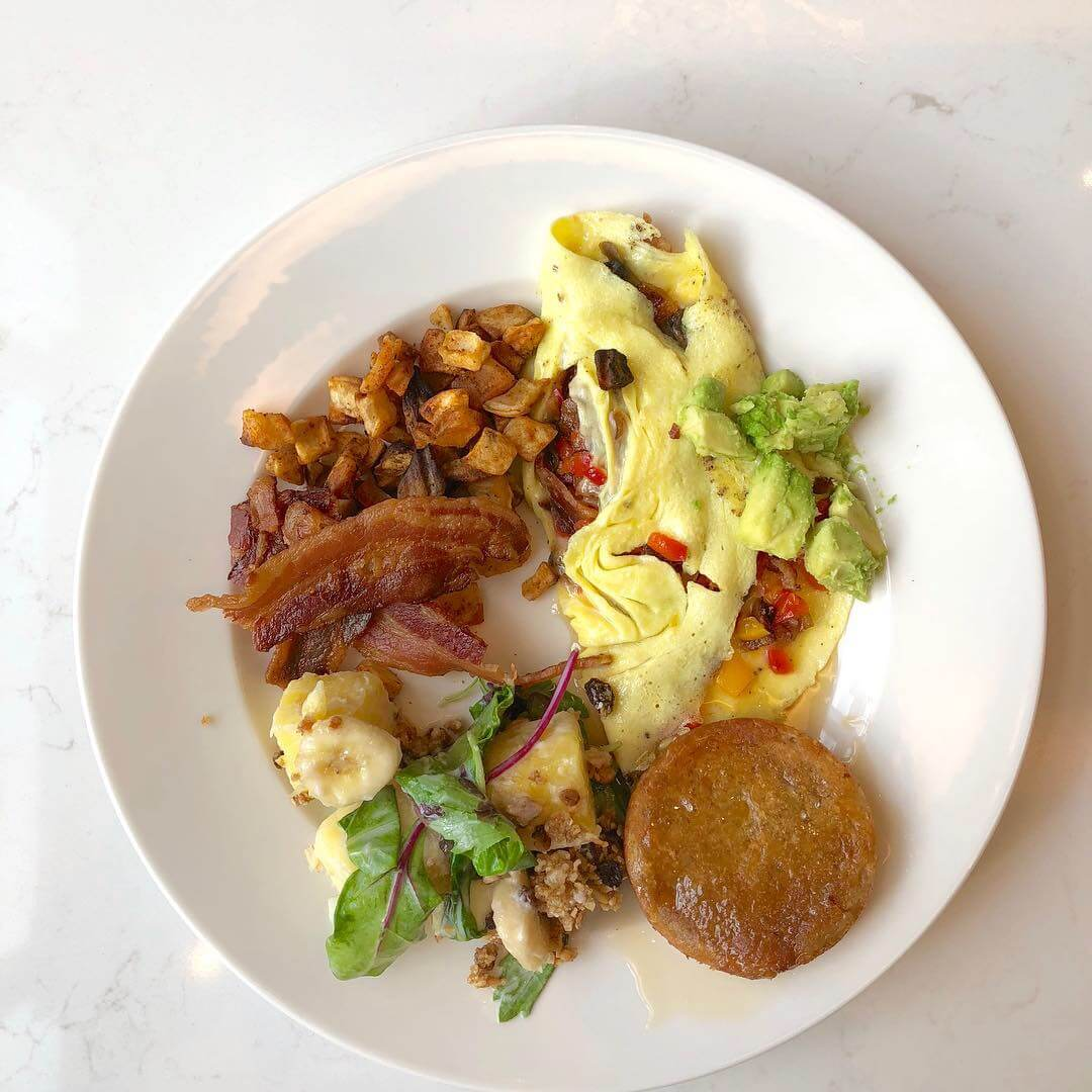 My omelet and gorgeous breakfast at the Chicago Monogram Appliances Showroom #breakfast #omelet #monogramappliances