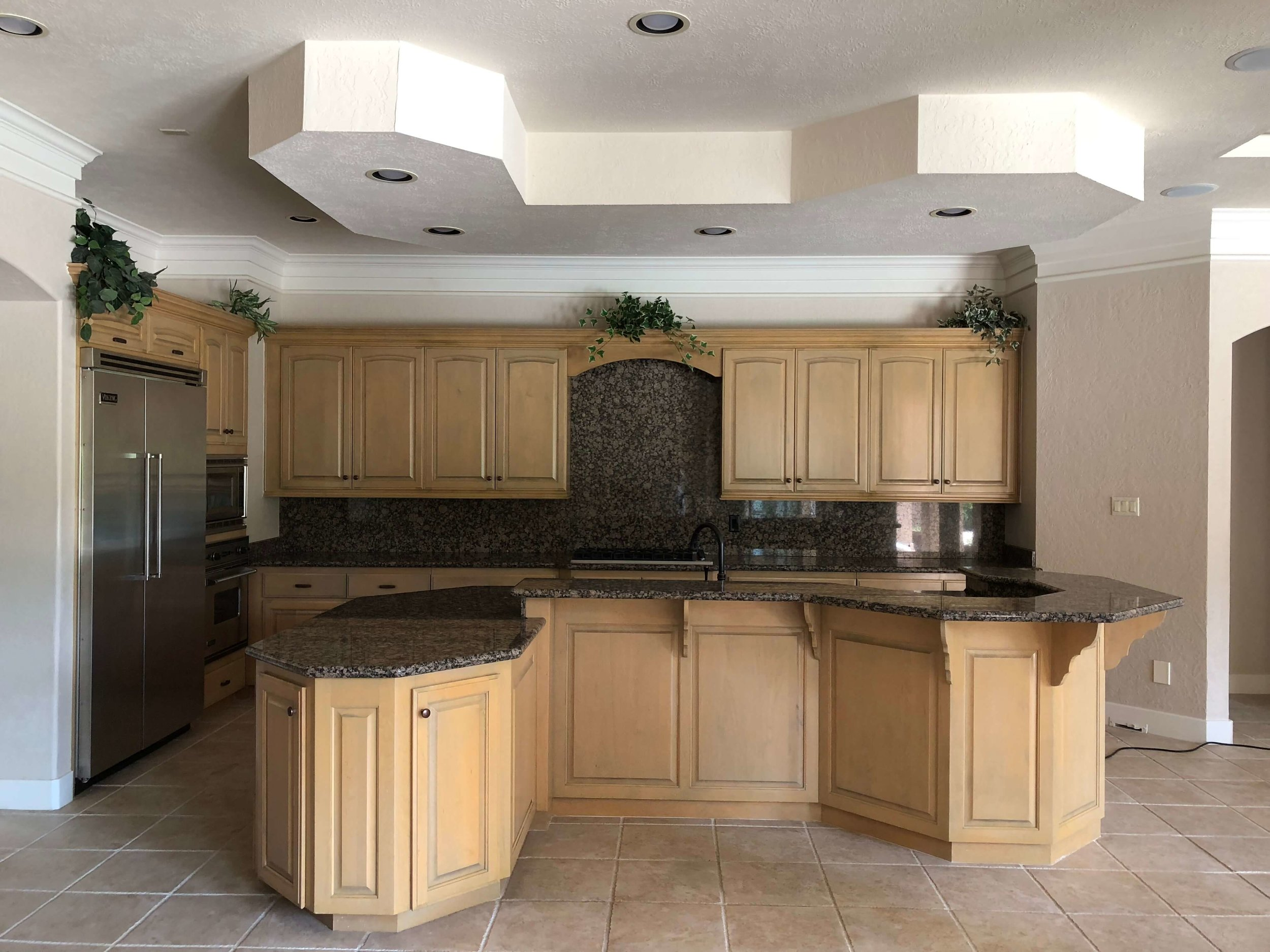 BEFORE - Kitchen Remodel in house to sell