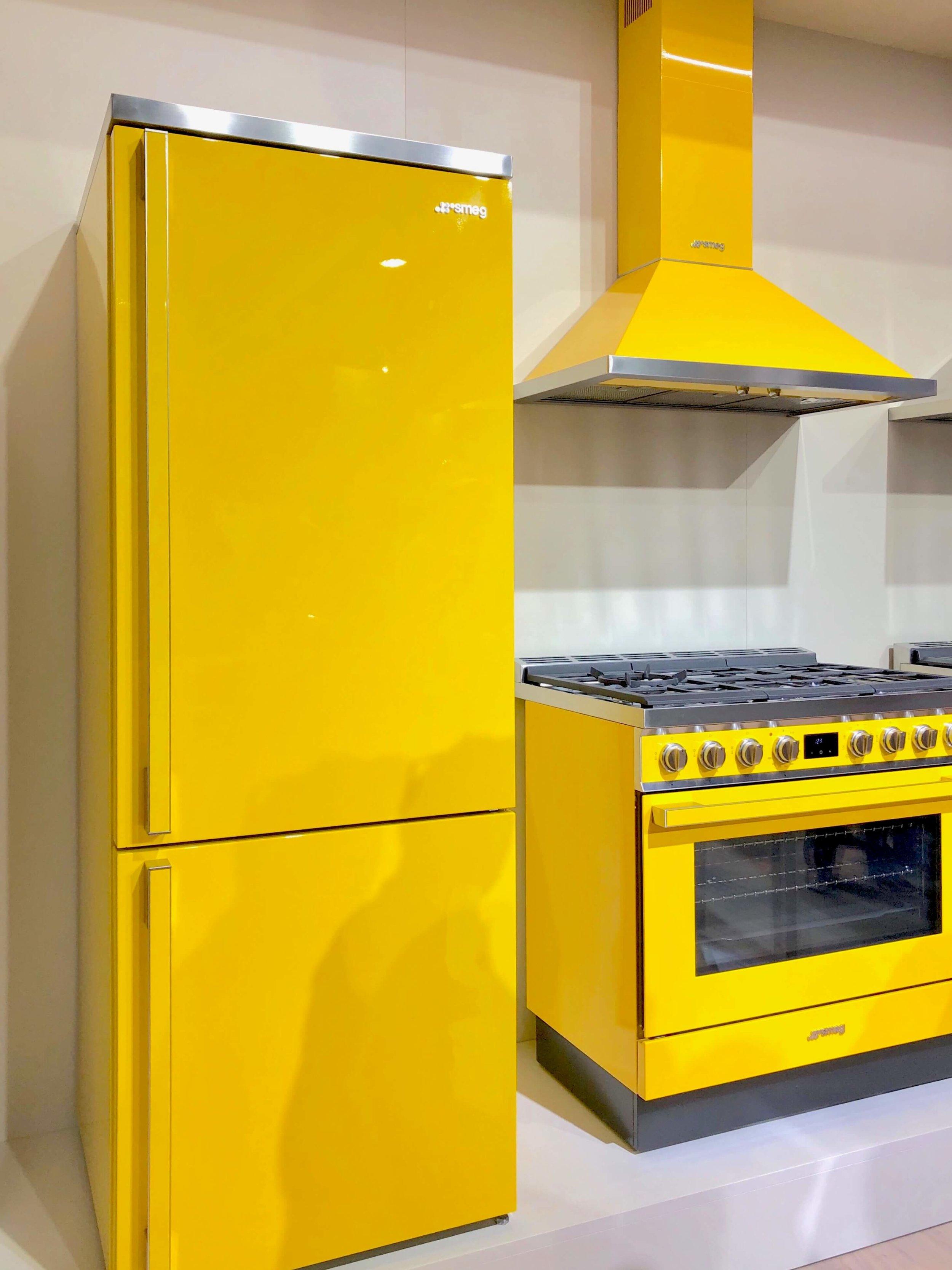 Colorful Smeg Appliances   KBIS 2019