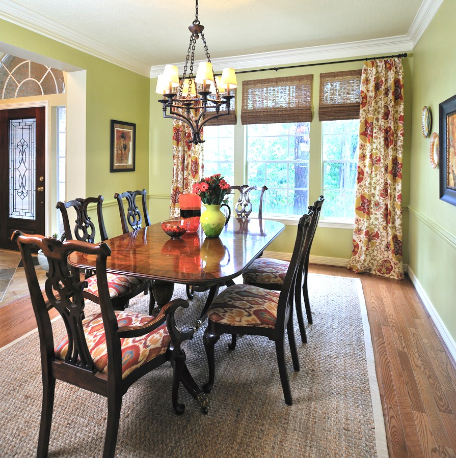 Apple green dining room | Carla Aston, Designer | Miro Dvorscak, Photographer
