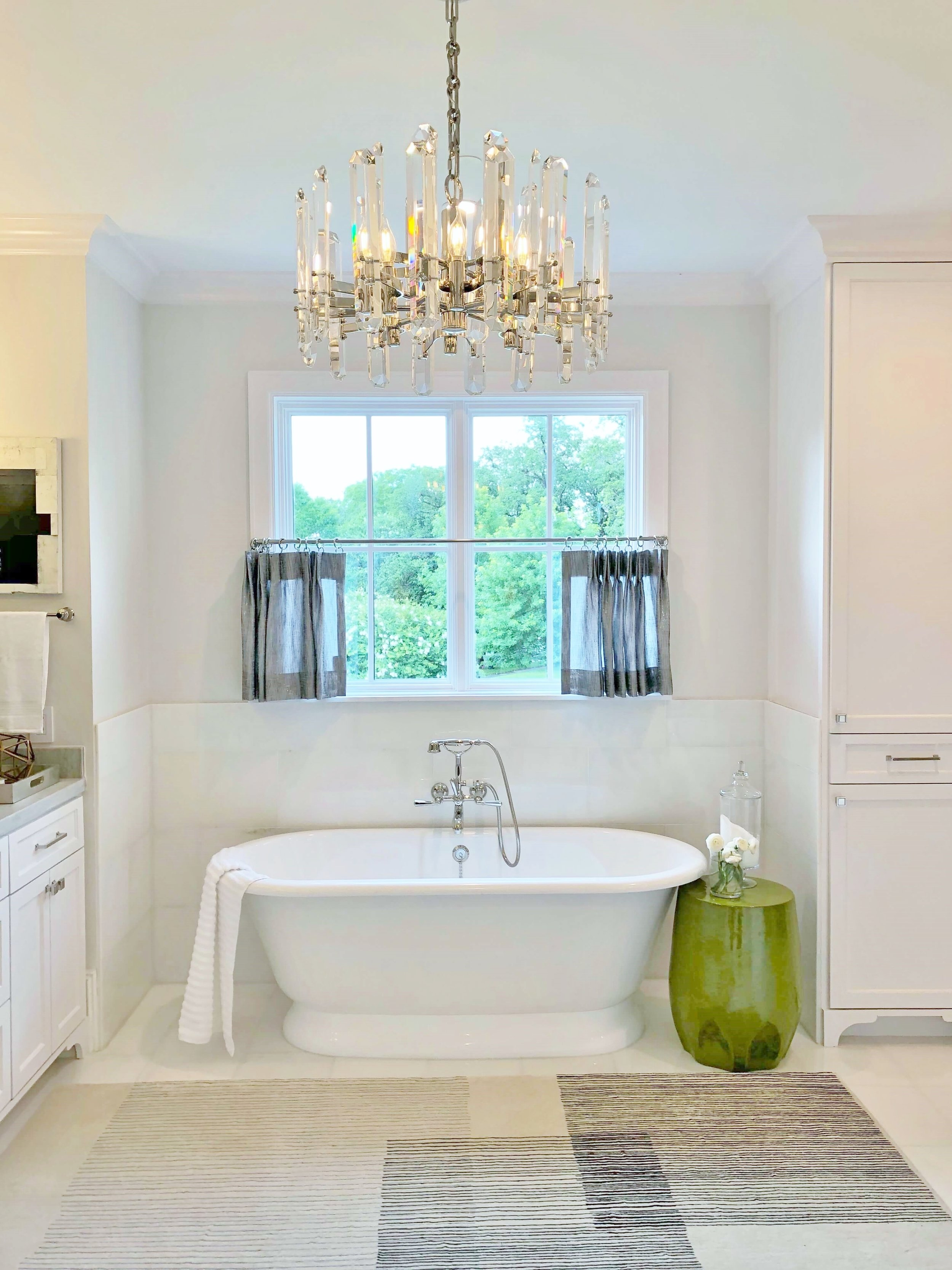 Cafe curtain in master bath, designed by Brooke  Bowman,  ASID Showhouse River Oaks  | #cafecurtain