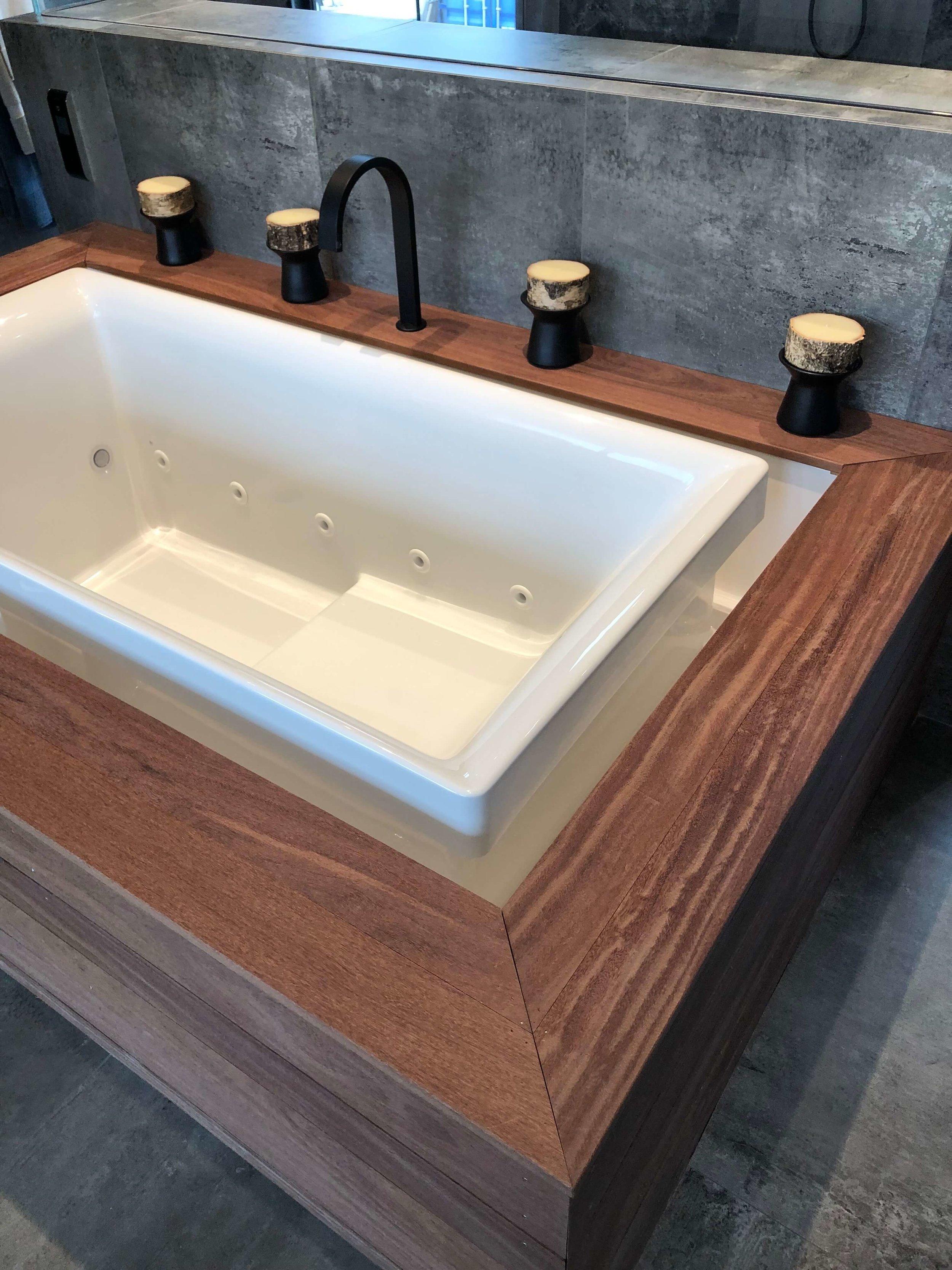 Master bath infinity tub in The New American Remodel 2019. #masterbathroom #hometour #contemporaryhome