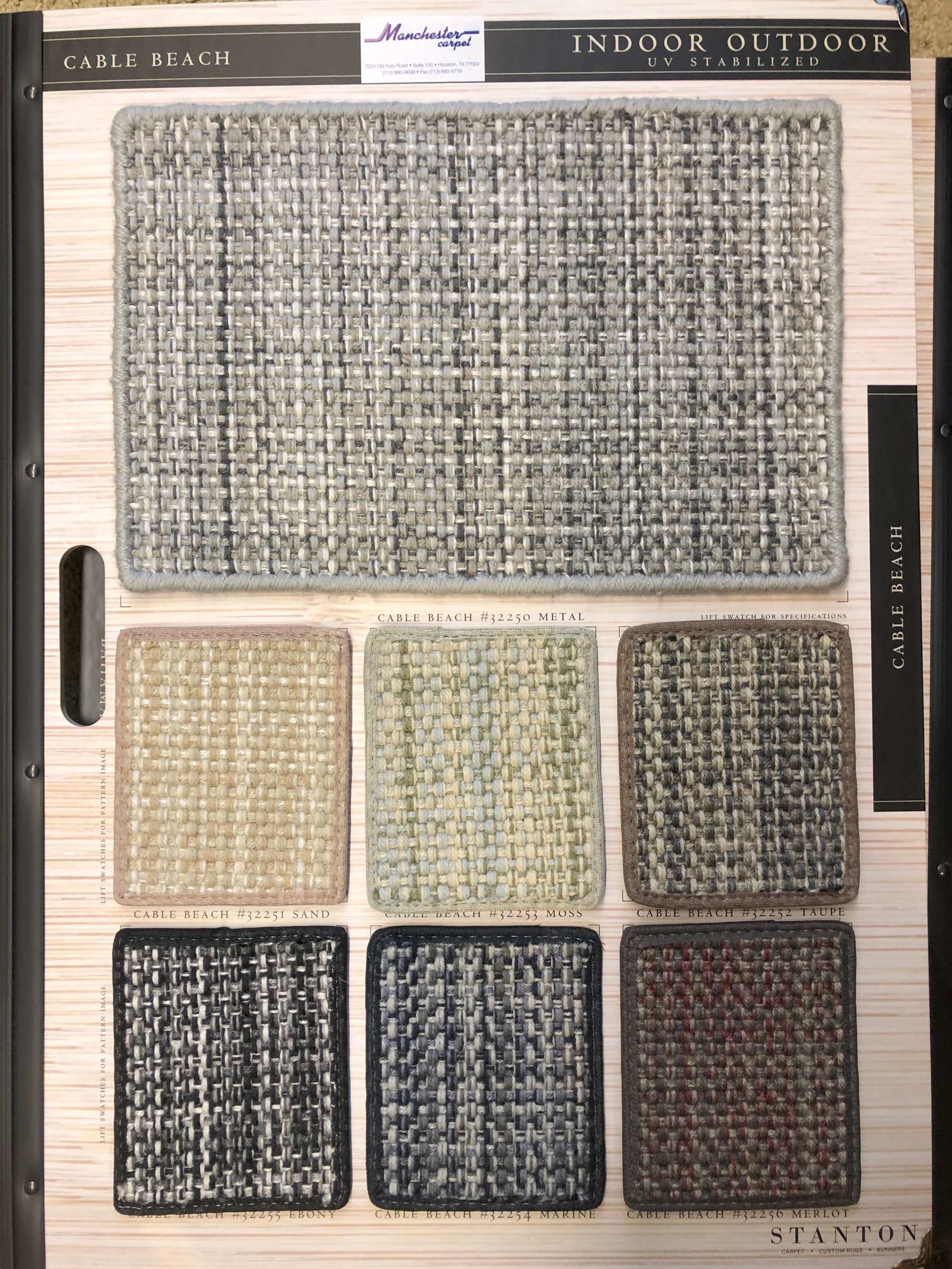 Nice colorways available in this carpet that looks like a flatweave type, natural fiber rug. It's made of polypropylene and has none of the problems of natural fibers.