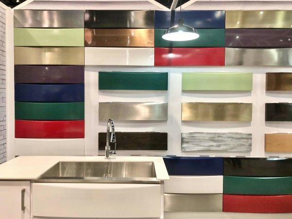 Elkay interchangeable apron front sink in various colors and finishes. #apronfrontsink #farmhousesink