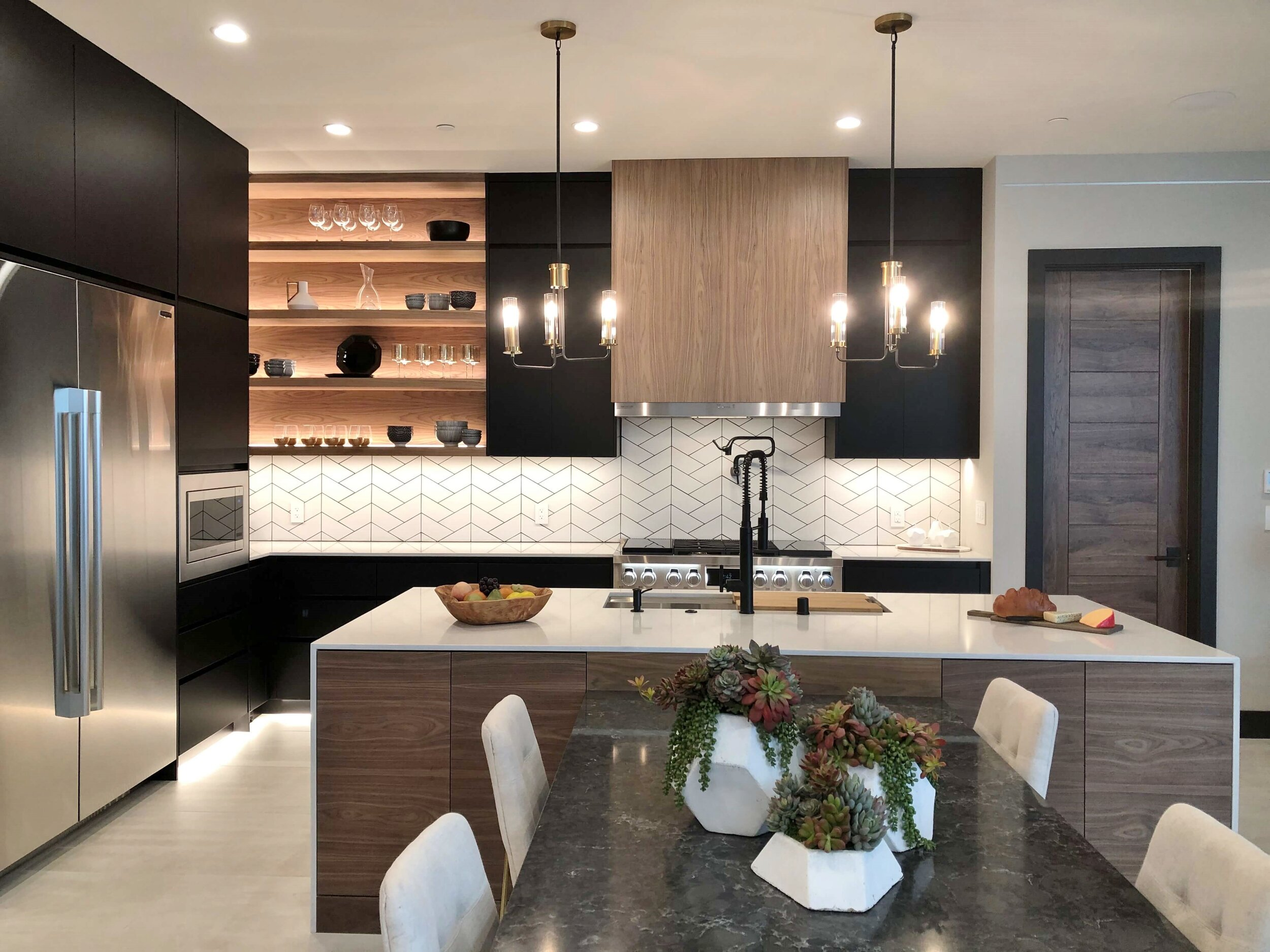 The New American Remodel Home Tour 2020 A Sophisticated Modern Home Designed