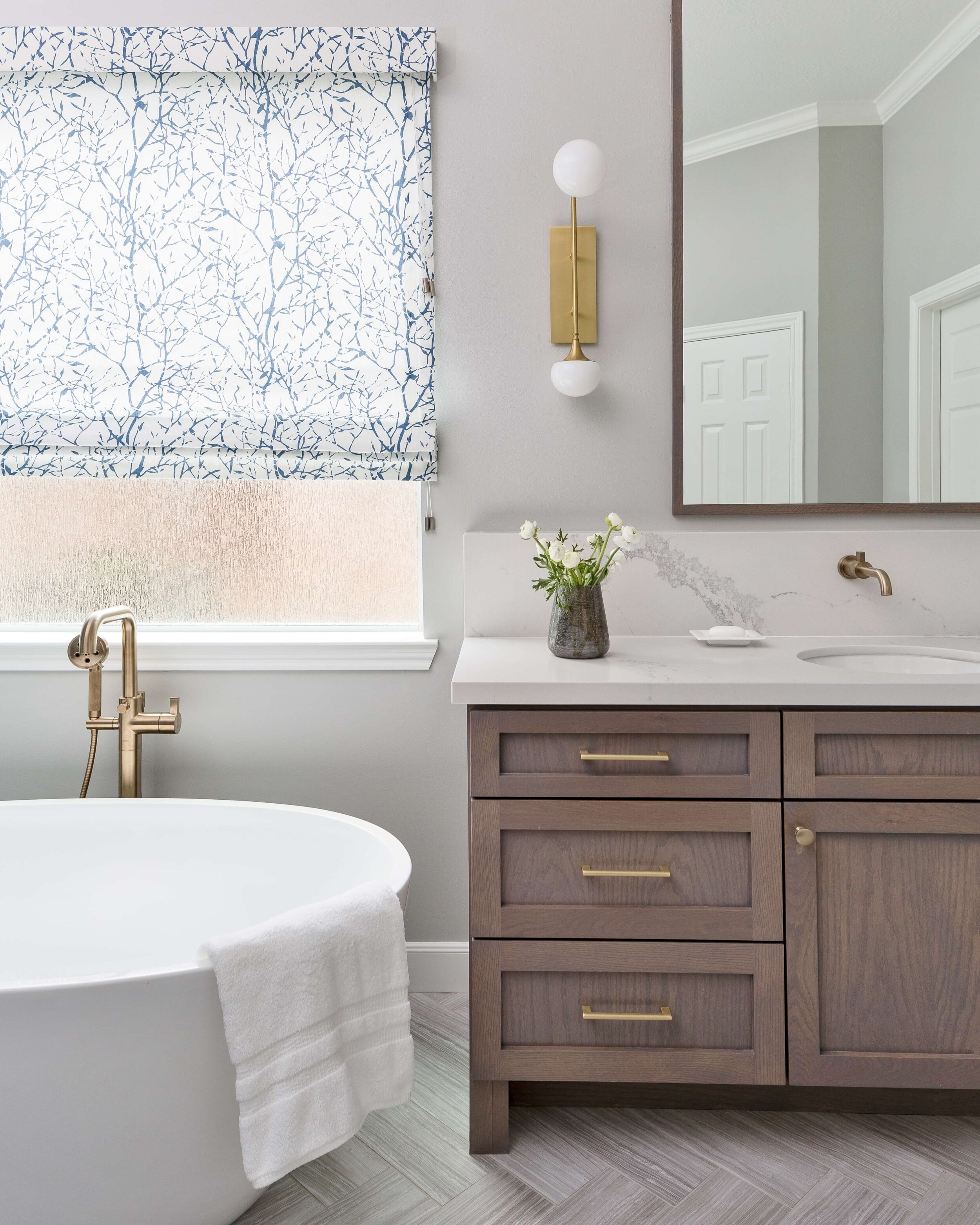 Selecting Cabinet Pulls And Knobs, Bathroom Drawer Pulls