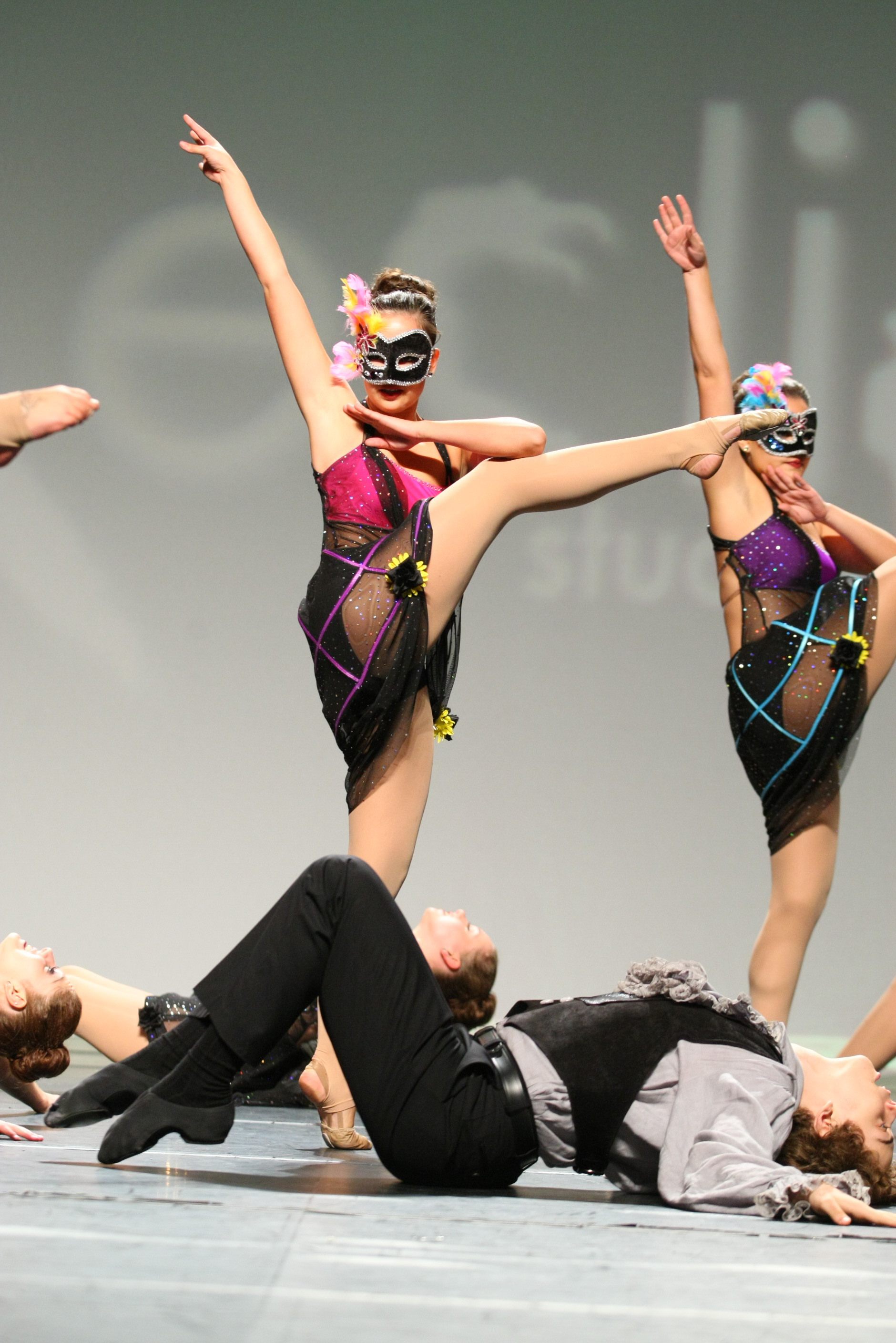 """2012 - """"Disruption of Color"""" from Metro Dance Center"""