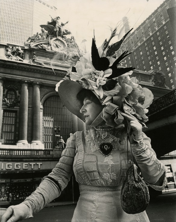 Bill photographer Editta in 1976 for a fashion book entitled  Facades , a celebration of 200 years of fashion and architecture in NYC.