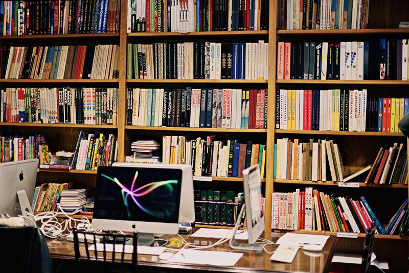 soi-desk.jpg