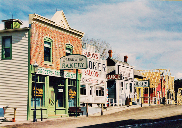 Head over to Rick's  blog  to read how he transformed Calgary's Heritage Park into a movie set.