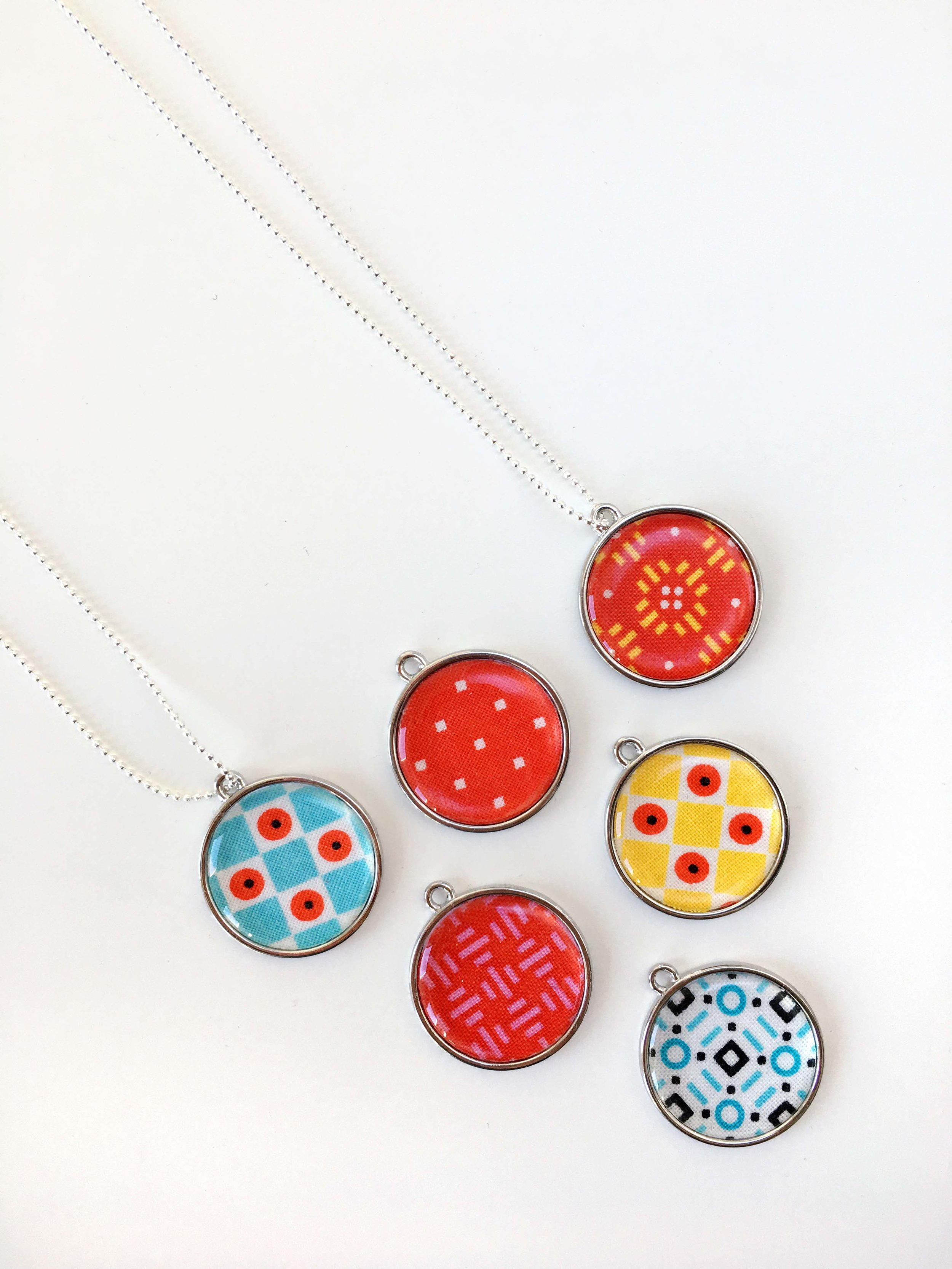 Vol2-necklaces-002.jpg