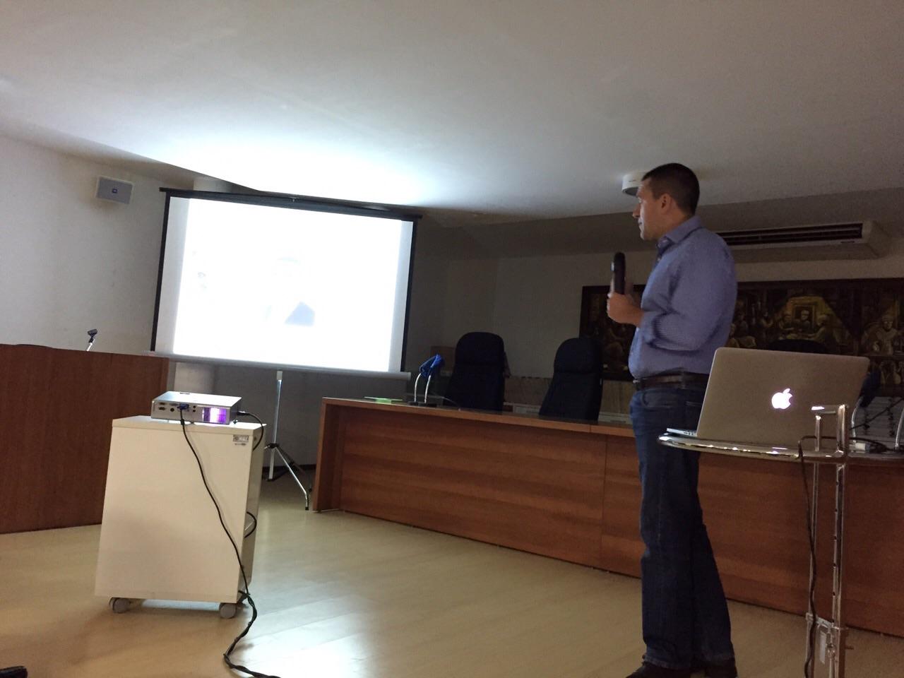 Dr David Gusmao em palestra em Joao Pessoa