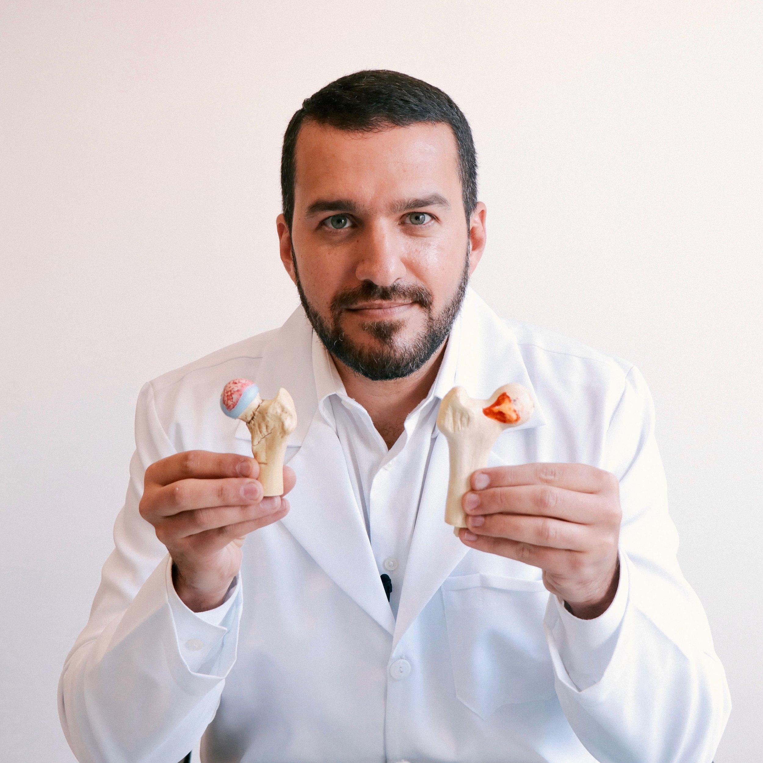 Dr. David Gusmão