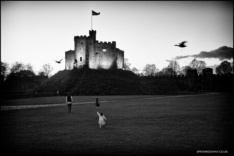 Documentary wedding photography at Cardiff Castle