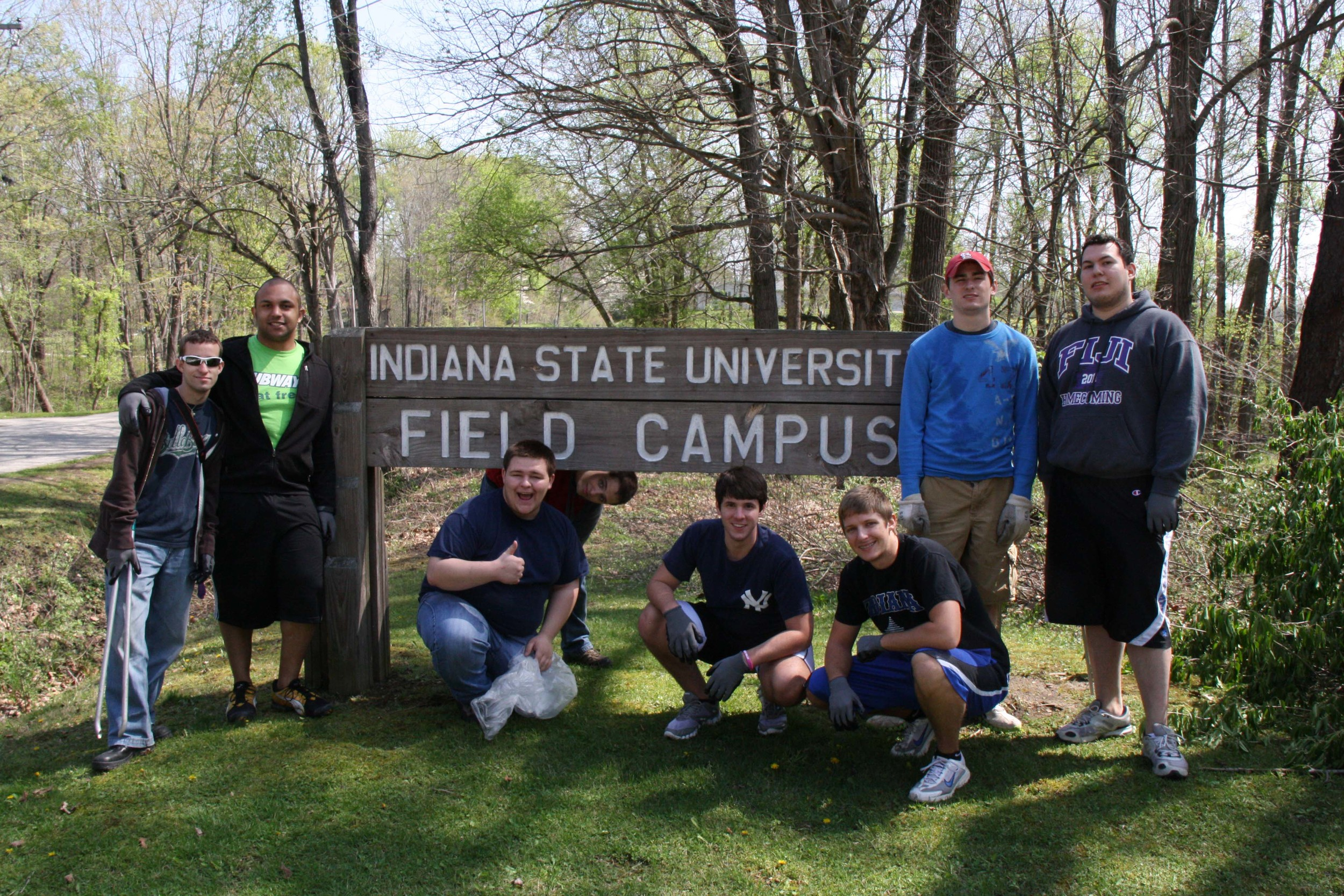Iota Sigma at Field Campus - Service Event - March 30, 2012 (Image 002).jpg
